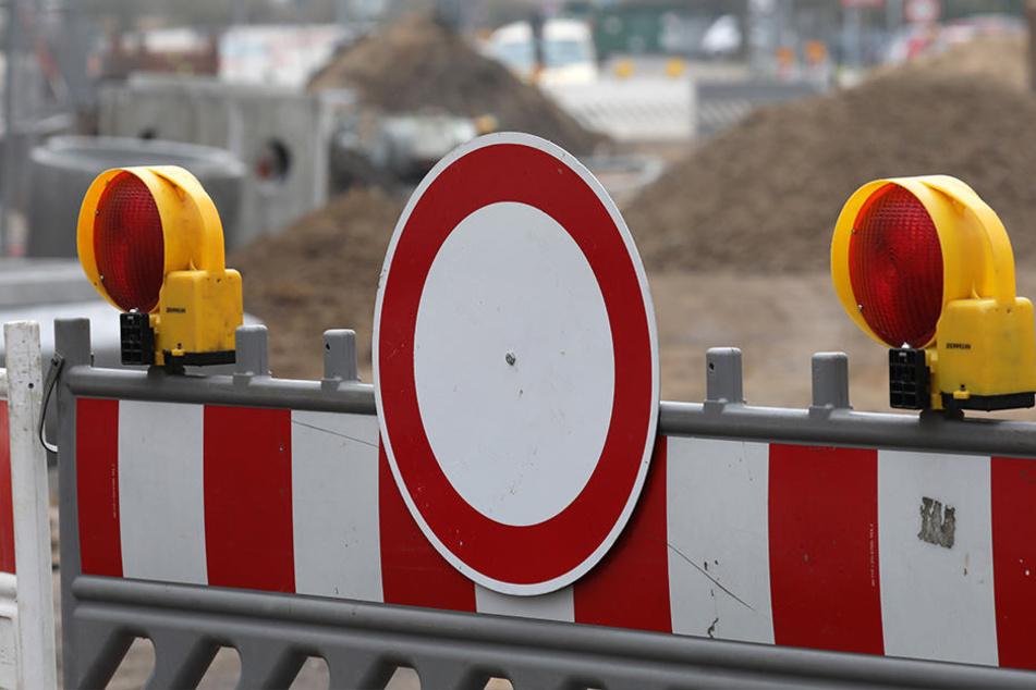 Nun wird auch die südliche Fahrbahn für den Autoverkehr gesperrt. (Symbolbild)