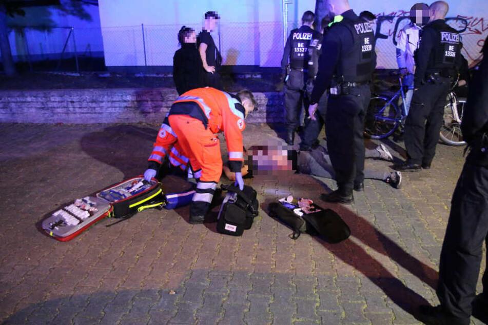 Der Mann erlitt bei der Messer-Attacke schwere Verletzungen.