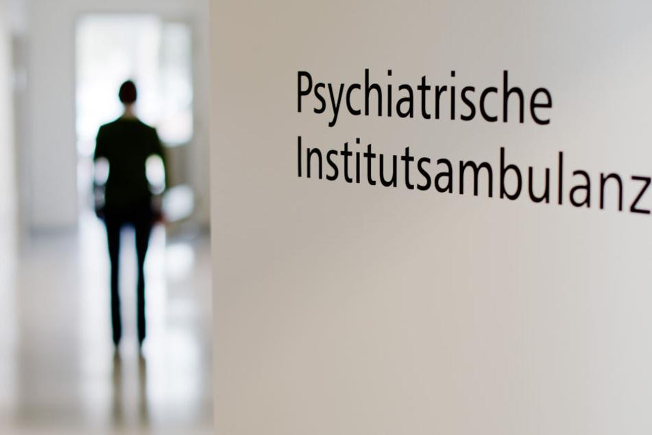 Dem Täter wurde eine schizophrene Psychose bescheinigt, was ihn zur Gefahr für die Allgemeinheit machen würde. (Symbolbild)