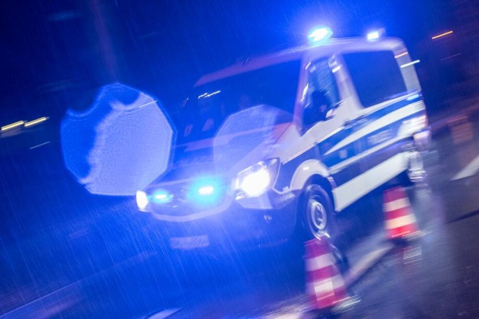 Die Polizei fahndet nach dem unbekannten Täter. (Symbolbild)