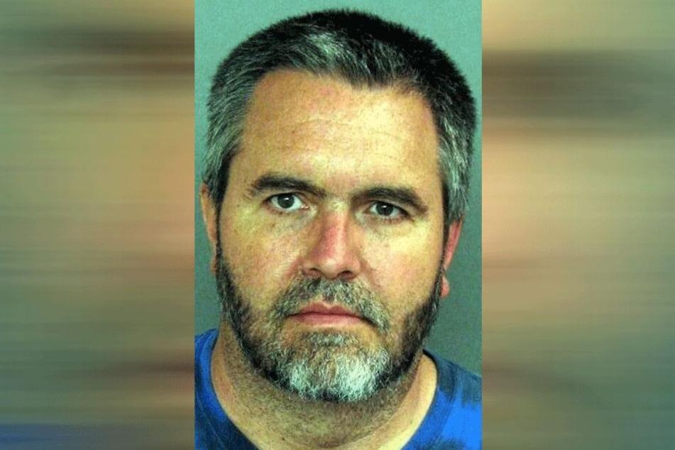 Carl G. (57) schnitt sich die Hoden im Gefängnis ab.