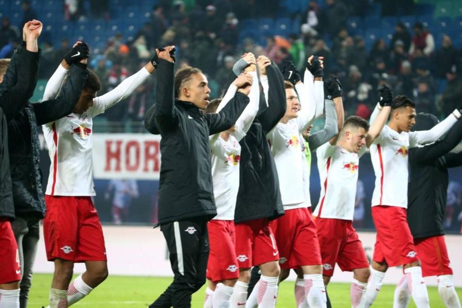 Leipzig auf Erfolgskurs: Der Aufsteiger steht nach einem Sieg über Frankfurt auch nach dem 17. Spieltag auf dem zweiten Platz.