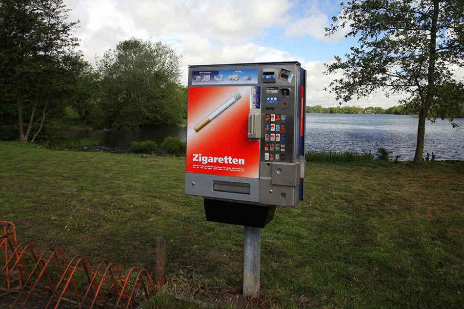 Zigarettenautomaten werden häufiger Ziel dreister Diebe. (Symbolbild)