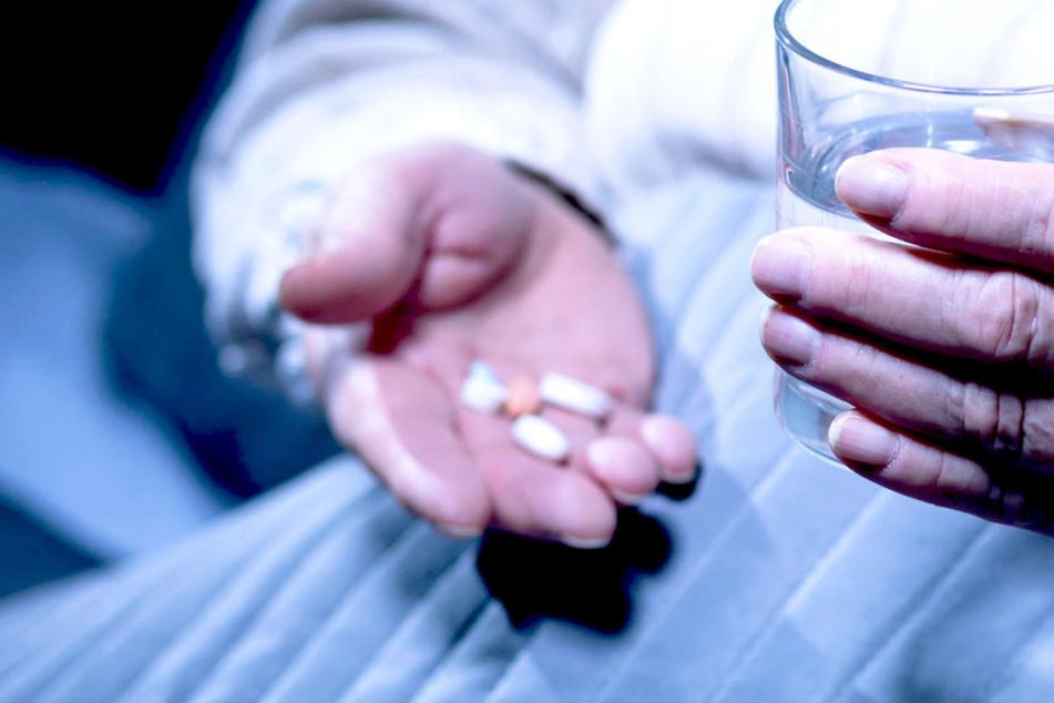 Zehn Menschen getötet! Pflegehilfe vergiftet Senioren im Altersheim