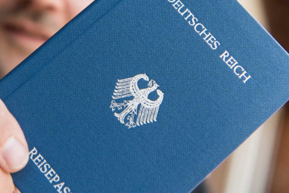 Die gesuchte Person konnte der Reichsbürgerszene zugeordnet werden.