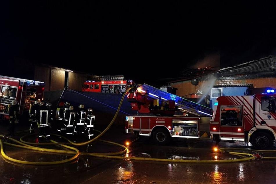100 Feuerwehrleute waren bei dem Brand im Einsatz.