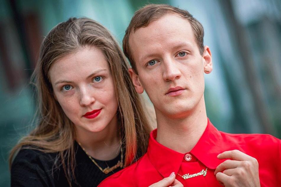 """Lauretta van de Merwe (28) und Dominik Puhl (26) bringen mit """"Glamnitz_Sex"""" Glamour und Erotik ins Gunzenhauser."""