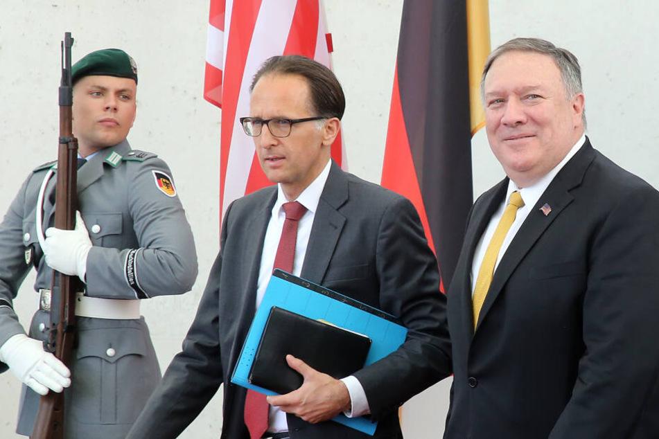 Erst ein Jahr nach seinem Amtsantritt war Pompeo im Mai nach Deutschland gekommen. Nun steht der nächste Besuch an.