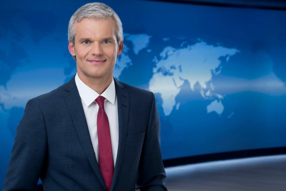 Thorsten Schröder (52) hat eigentlich kurze graue Haare. (Archivbild)