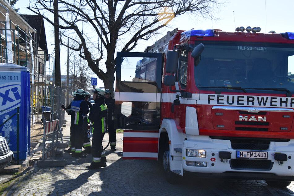 Die Feuerwehr war bis zum Vormittag mit den Löscharbeiten beschäftigt.
