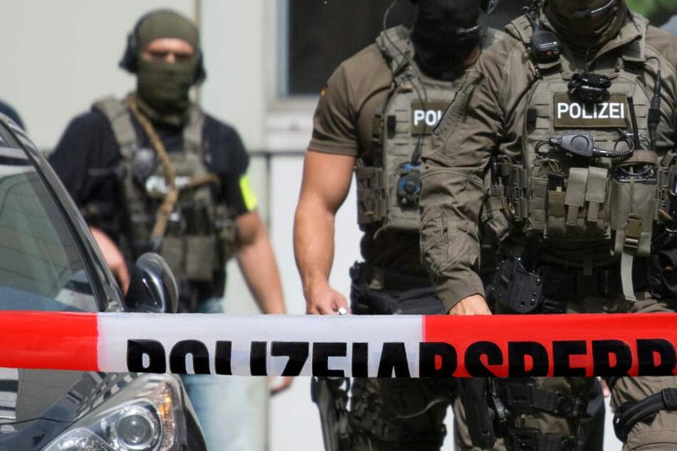 In einer groß angelegten Aktion ging die Polizei gegen die Drogenhändler-Bande vor (Symbolbild).