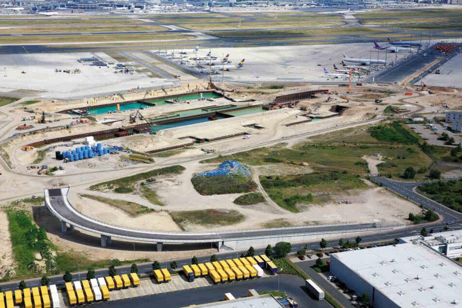 Eine Luftaufnahme zeigt die Bauarbeiten am Terminal 3.