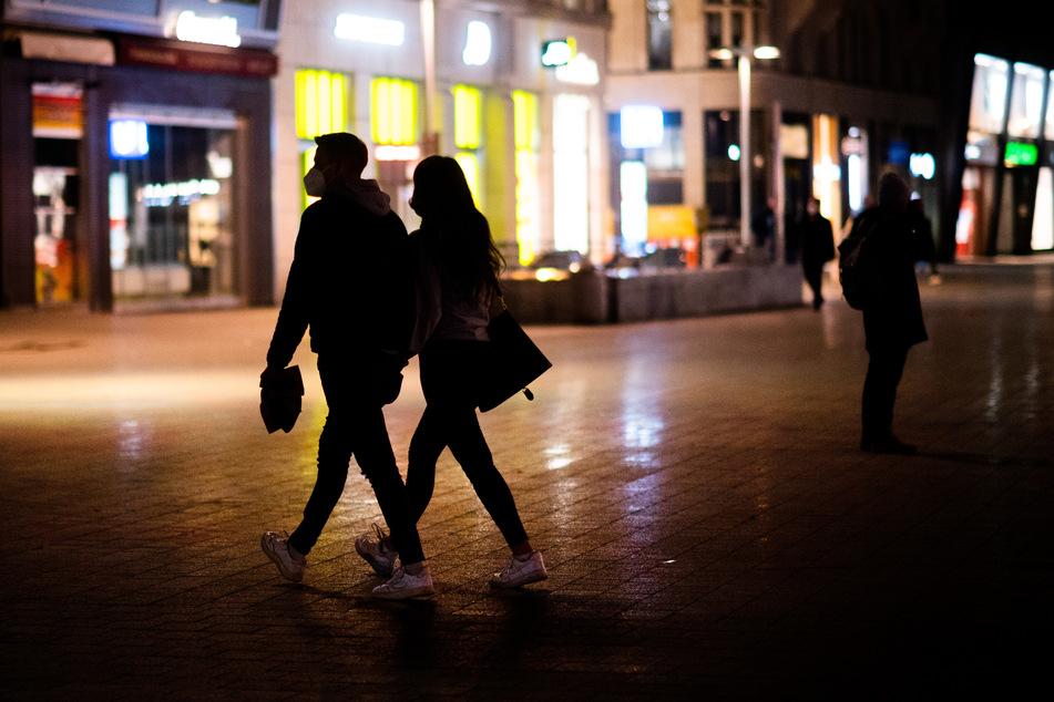 Die Kriminalität in Städten ist durch die Corona-Beschränkungen einer aktuellen Studie zufolge weltweit gesunken. Als deutsche Stadt wurde Hannover mit untersucht.