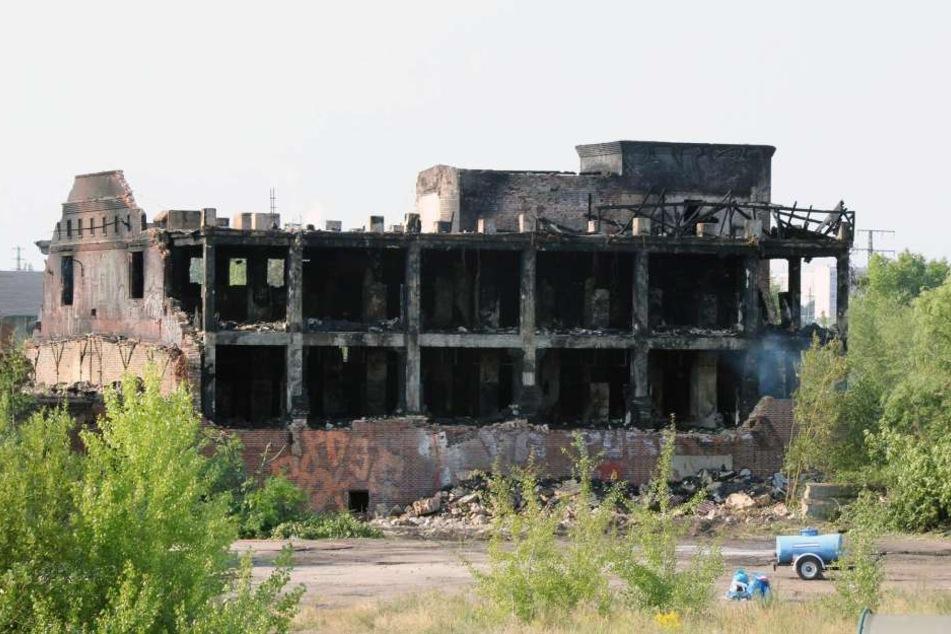 Am Montag hatte es in der Ruine erneut gebrannt..