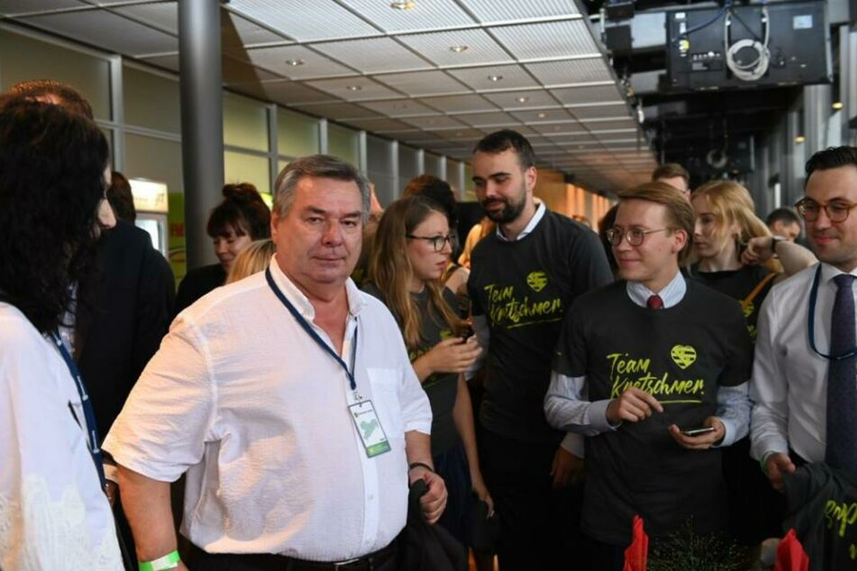 """Waldemar Hartmann (71) bei der CDU-Wahlparty im Restaurant des Landtages """"Chiaveri"""""""