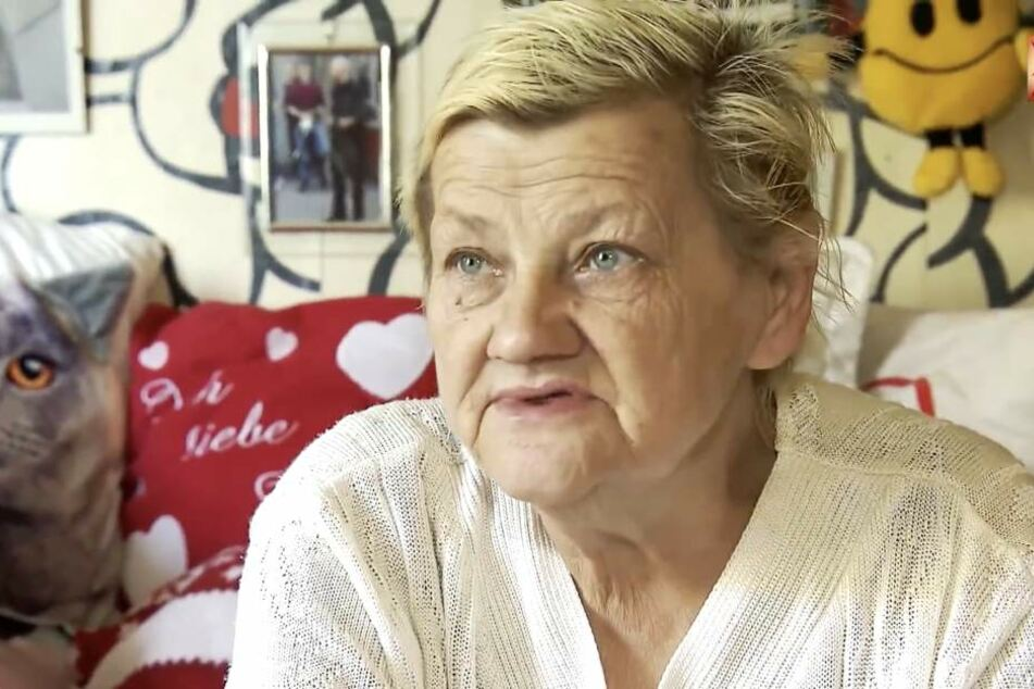 Karin Ritter ist verzweifelt. Ihre Söhne Christopher und Norman sind wegen verschiedener Straftaten verurteilt worden. Nun muss sie mit ihren gewalttätigen Kindern weiter ungewollt unter einem Dach wohnen.