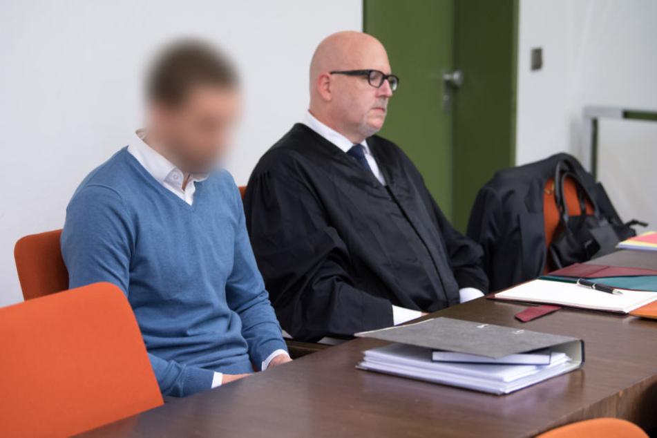 Der Angeklagte bestritt vor Gericht, dass er seine Freundin absichtlich getötet habe. (Archiv)