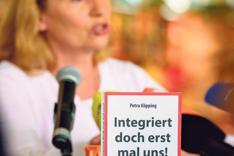 Anfang September 2018 erschien Köppings Streitschrift - Erklärungsversuche zu Hass und Wut vieler Sachsen.
