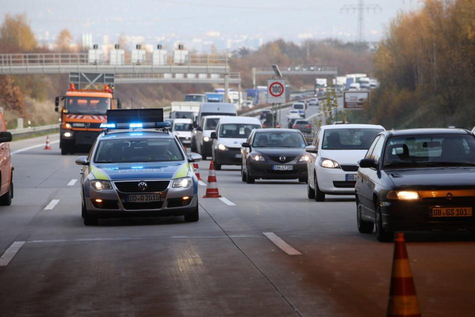 Die A17 in Richtung Dresden ist voll gesperrt. (Symbolbild)