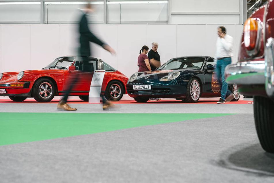 Die gefälschten Autoteile hatten insgesamt einen Wert von rund 127.500 Euro. (Symbolbild)