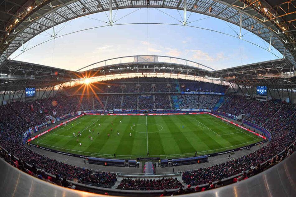 Am Samstag wird das Red Bull-Stadion bis auf den letzten Platz besetzt sein: Die Tickets für das Mega-derby sind seit Wochen ausverkauft!