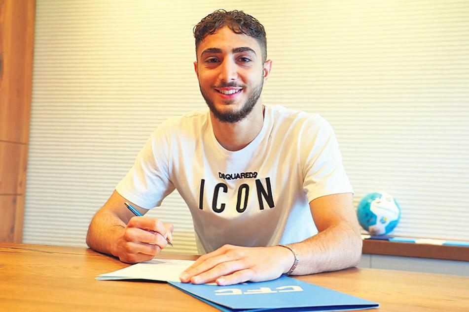 Aschti Osso (19) unterschrieb beim CFC seinen ersten Profivertrag.