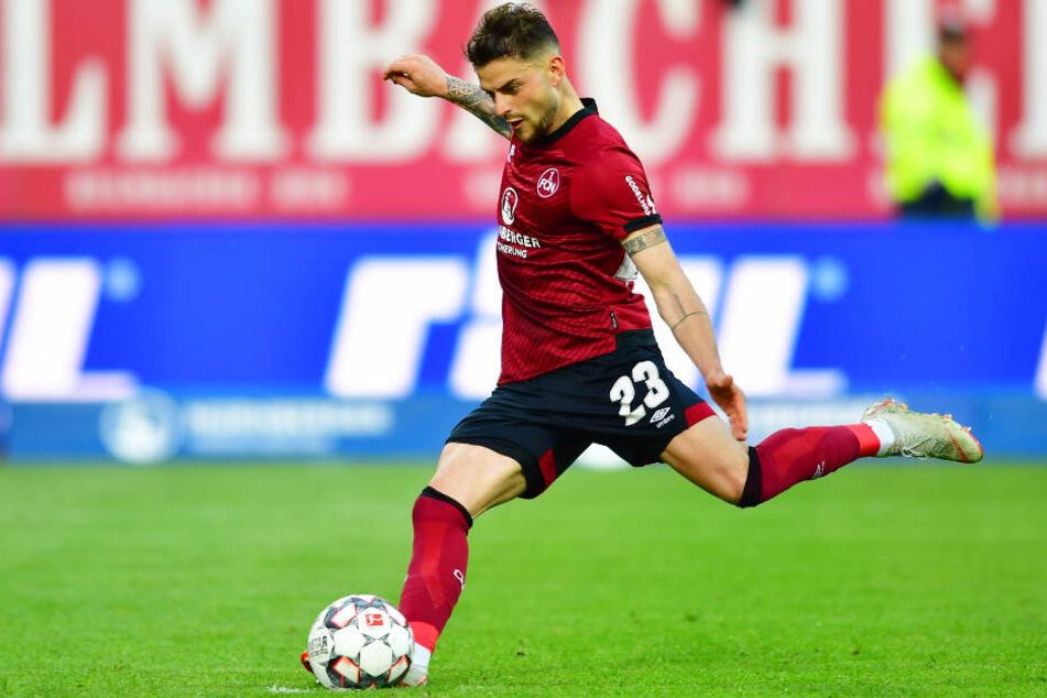 Tim Leibold spielt bisher für den 1. FC Nürnberg.