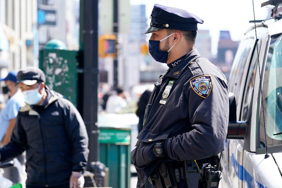 Rassistisches Motiv? Asiatin in New York brutal mit Hammer angegriffen