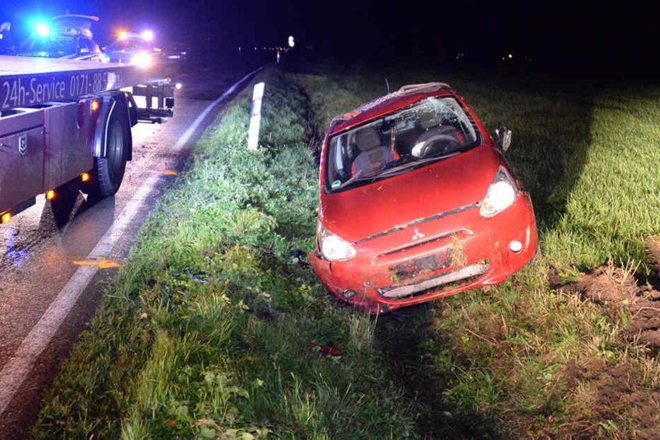 Aus ungeklärter Ursache kam die 40-Jährige mit ihrem Mitsubishi von der Straße ab.