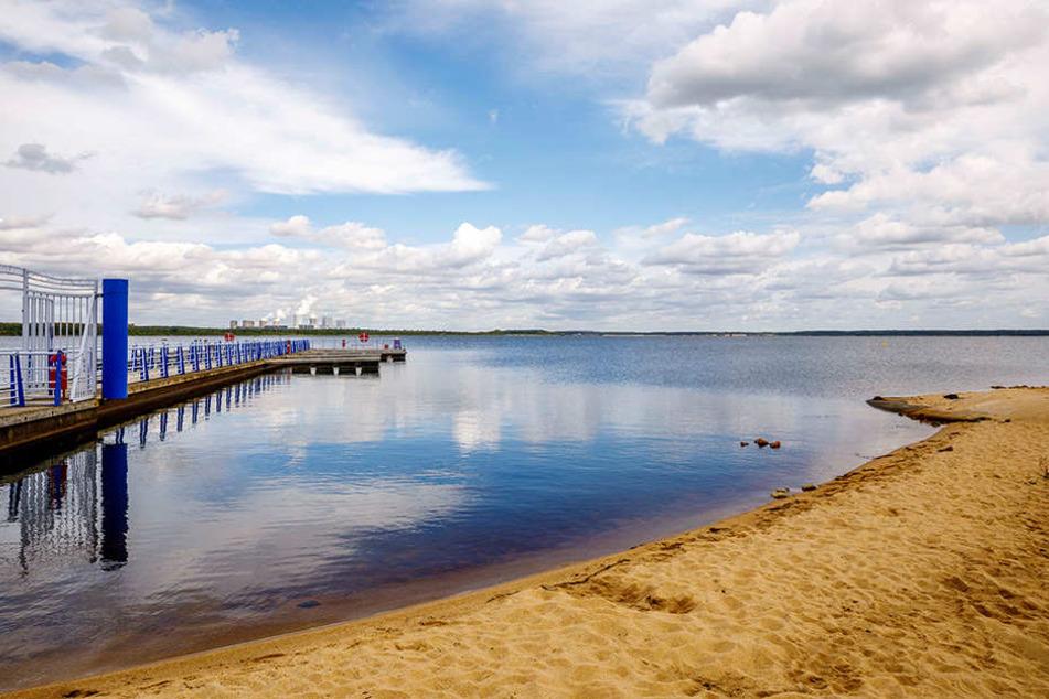 Ab sofort darf am Bärwalder See wieder gebadet werden - die Saison ist eröffnet.