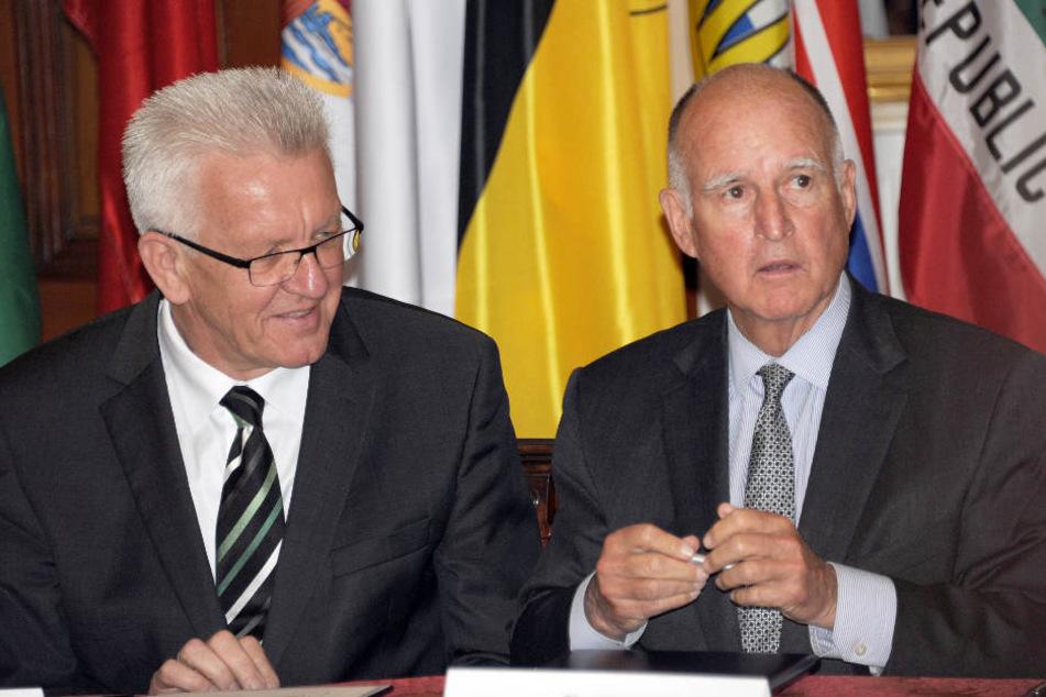 Winfried Kretschmann (links) und Jerry Brown im Mai 2015. (Archivbild)