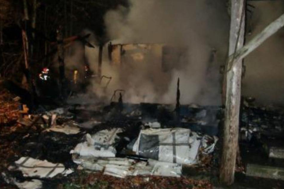 Der Brandort wurde nach dem Feuer beschlagnahmt, konnte nach der Untersuchung aber wieder freigegeben werden.