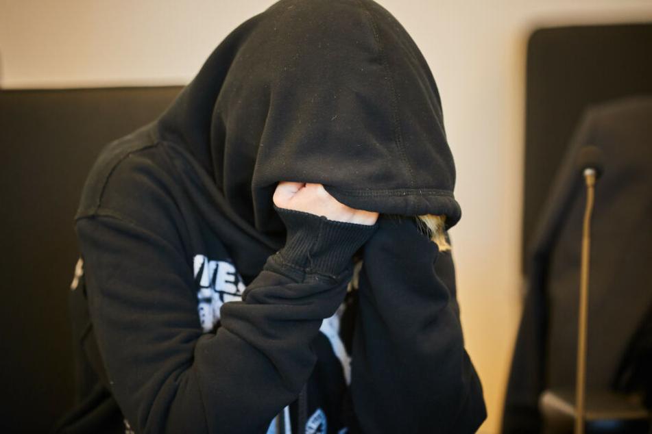 Prozessbeginn: Brit S. (24) soll ihr Baby zu Tode geschüttelt haben
