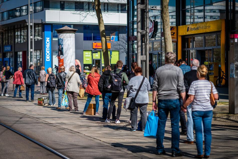 Ostereinkauf: Händler erwarten heute Mega-Ansturm und lange Schlangen