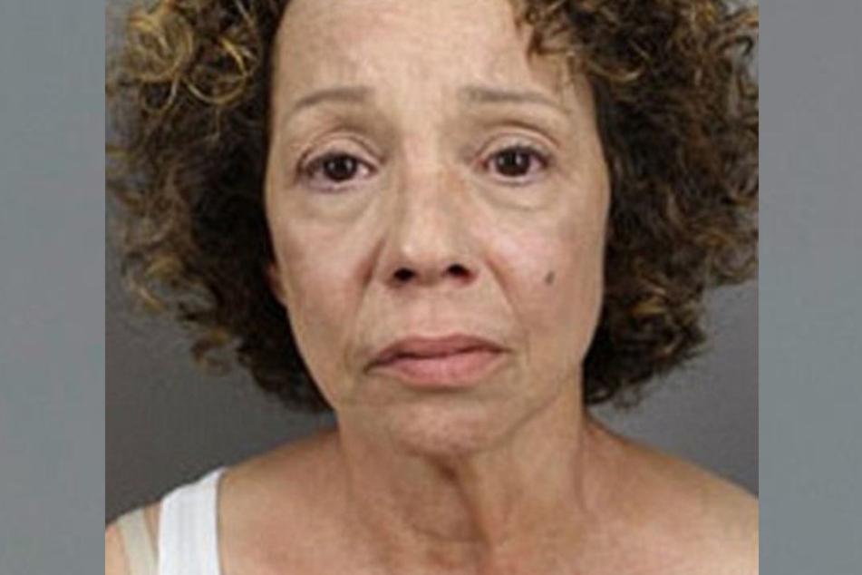 Allison Carey (55) wurde am Freitag wegen Prostitution verhaftet.