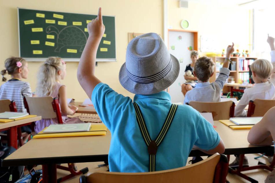 Schüler können ihre kritischen Lehrer, Studenten ihre Professoren melden. (Symbolbild)