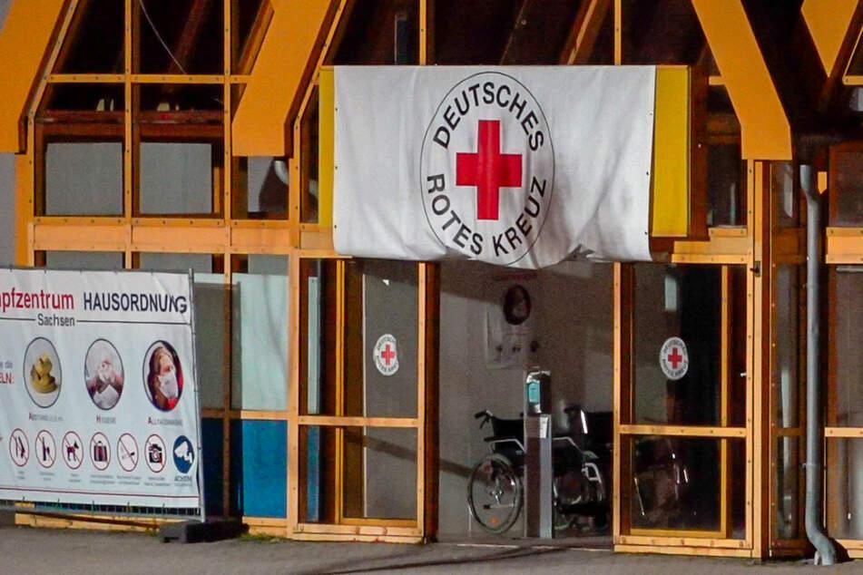 Das Impfzentrum Eich war Teil der großen Impfkampagne im Vogtland. Am Dienstagabend wurde es von Unbekannten attackiert.