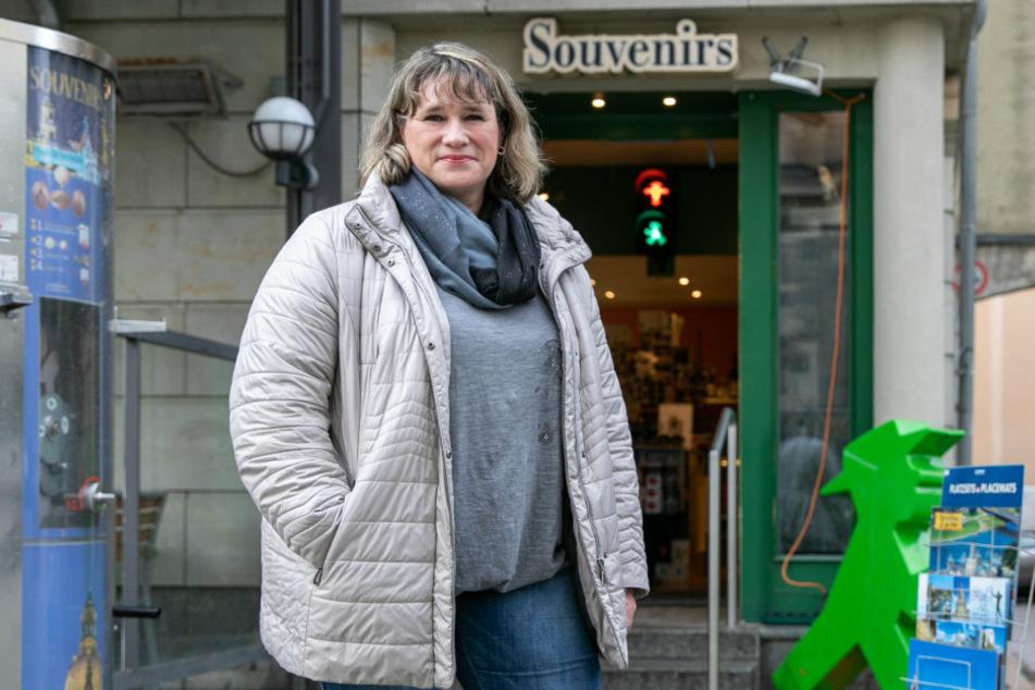 Anett Adams (52), Souvenir-Verkäuferin, hofft auf einen Impfstoff.