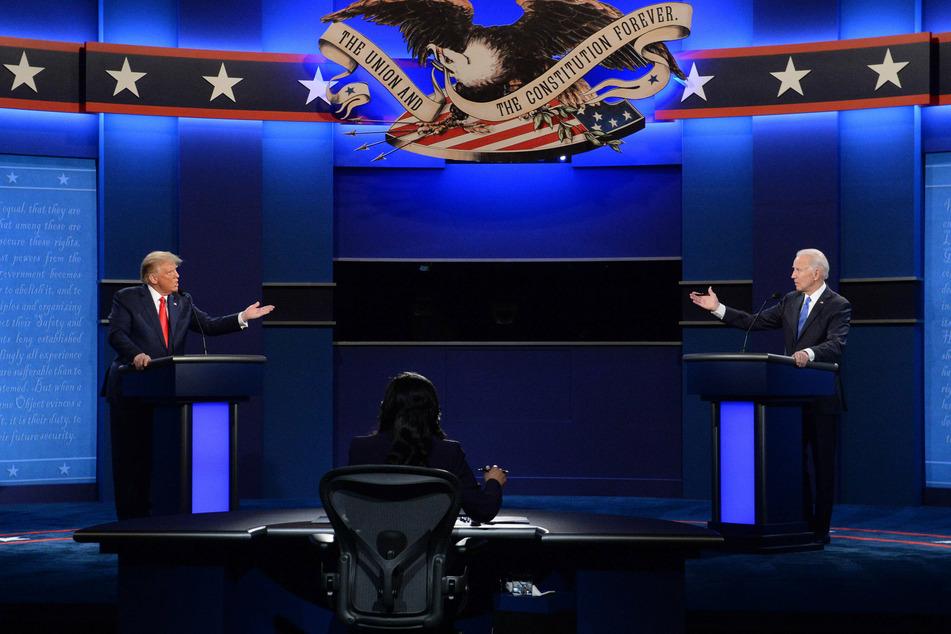 Democratic candidate Joe Biden (r.) is going up against the incumbent president, Donald Trump.