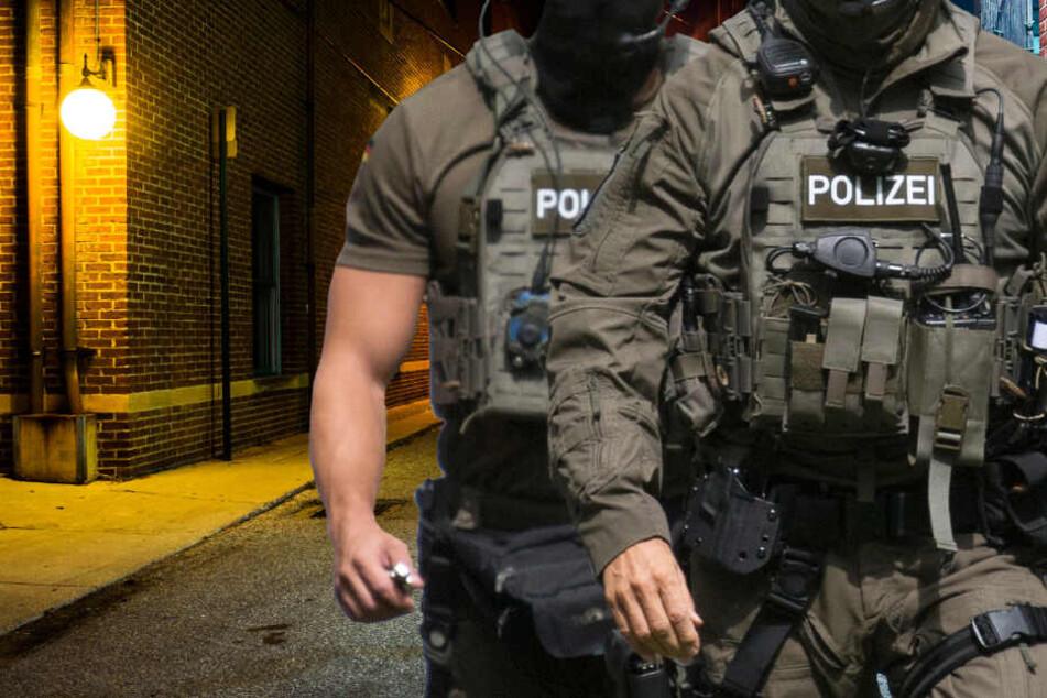 Ein Spezialeinsatzkommando (SEK) der Polizei rückte an und nahm den Mann fest (Symbolbild).