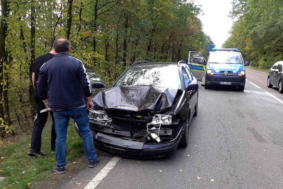 Bei Dolle ist es am Sonntag zu einem Unfall gekommen. An einem der beteiligten Fahrzeuge entstand dabei Totalschaden.