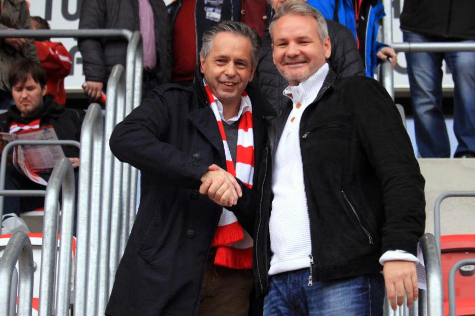 Gute Miene zum bösen Spiel? Rolf Rombach und der neue Vizepräsident Frank Novag zeigten sich vorm Spiel in vertrauter Herzlichkeit.