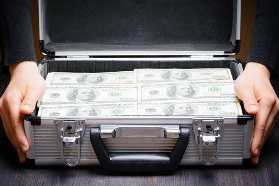 Der mysteriöse Russe soll 100.000 US-Dollar von den Spionen erhalten haben. (Symbolbild)