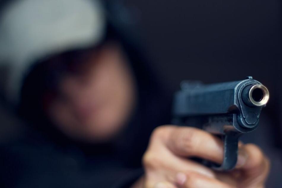 Der 15-Jährige feuerte Patronen mit Tränengas aus einer Schreckschusswaffe. (Symbolbild)
