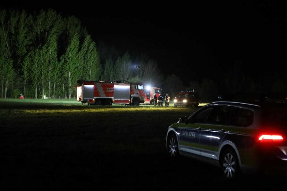 Über Stunden kämpften die Kameraden der Feuerwehr gegen die Flammen an. Trockenheit und Wind hatten dafür gesagt, dass sich der Brand schnell ausbreitete.