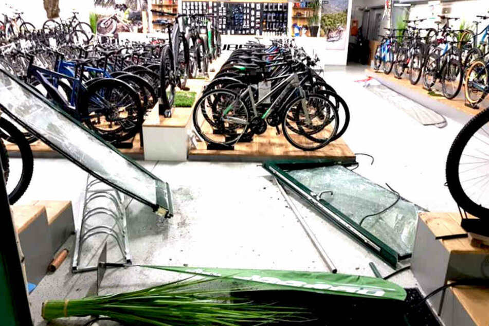 In diesem Geschäft entwendete der Kriminelle zudem ein Fahrrad im Wert von 3000 Euro.
