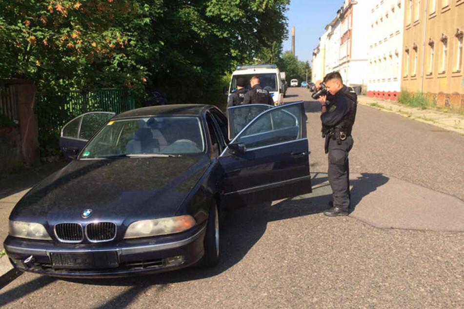 Diesen BMW der Einbrecherbande durchsuchte die Polizei in der Voigtstraße.