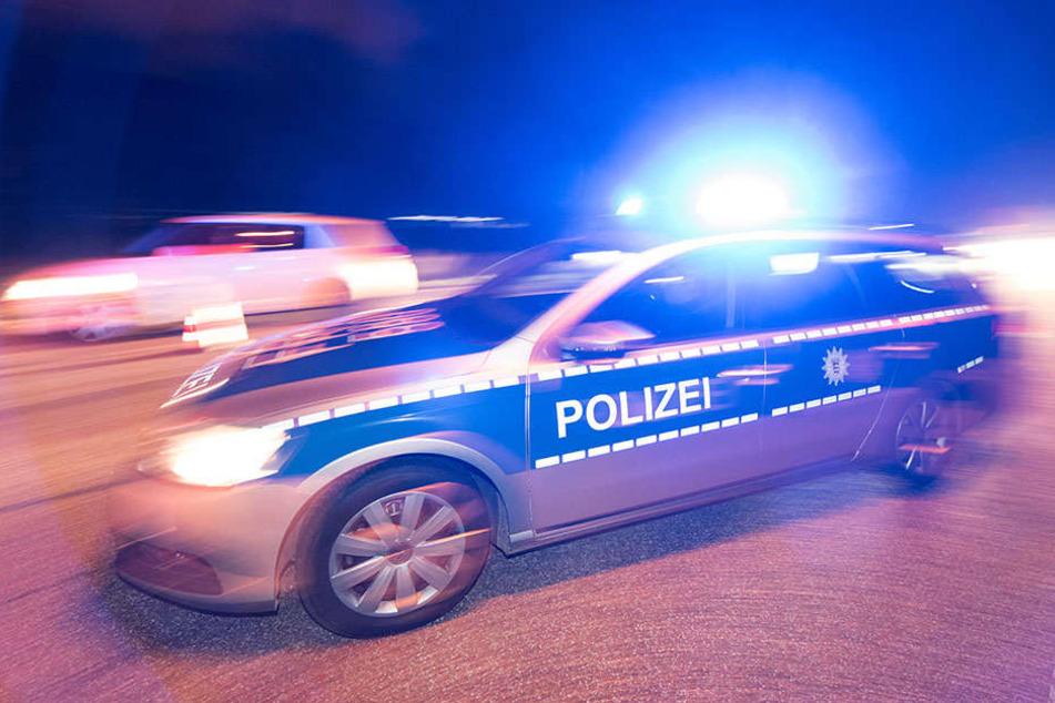 Die Polizei hatte in der Nacht reichlich zu tun. (Symbolfoto)