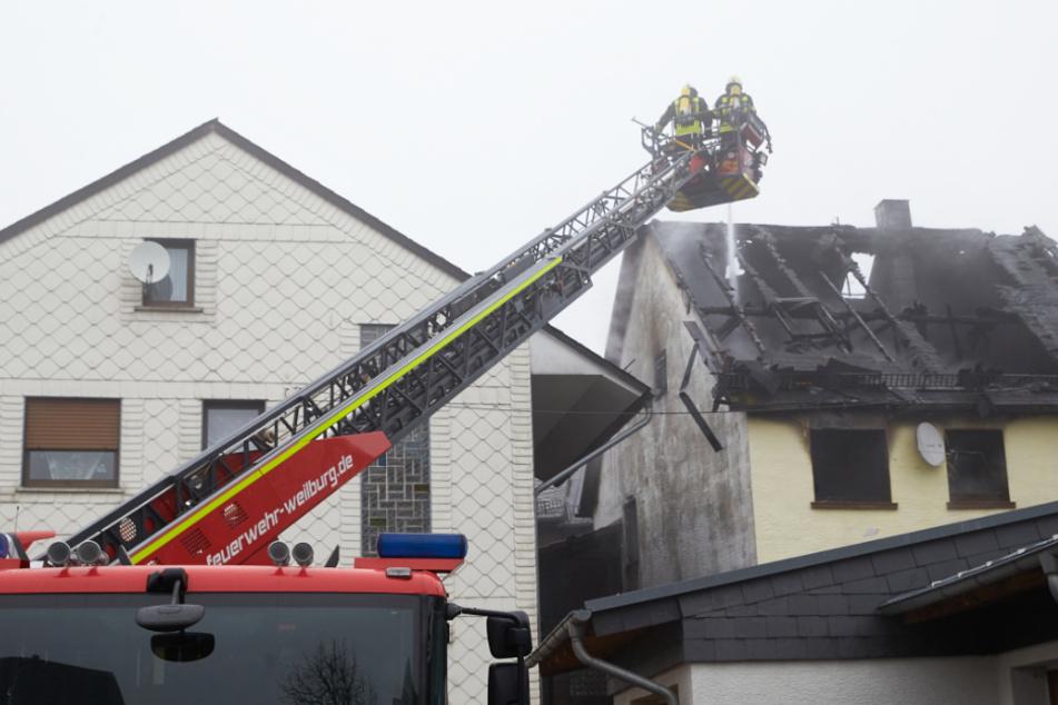 Bei dem Feuer in Mengerskirchen im November 2019 starben zwei Mädchen im Alter von vier und zehn Jahren.