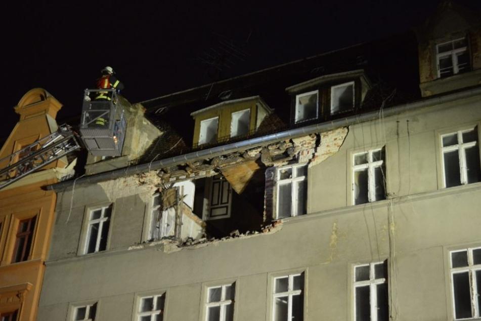 In Görlitz ist die Fassade eines Mehrfamilienhauses eingestürzt.